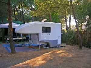 Mondo-Exterior-Independent-Tent-2