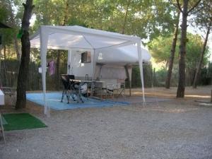 Mondo-Exterior-Independent-Tent